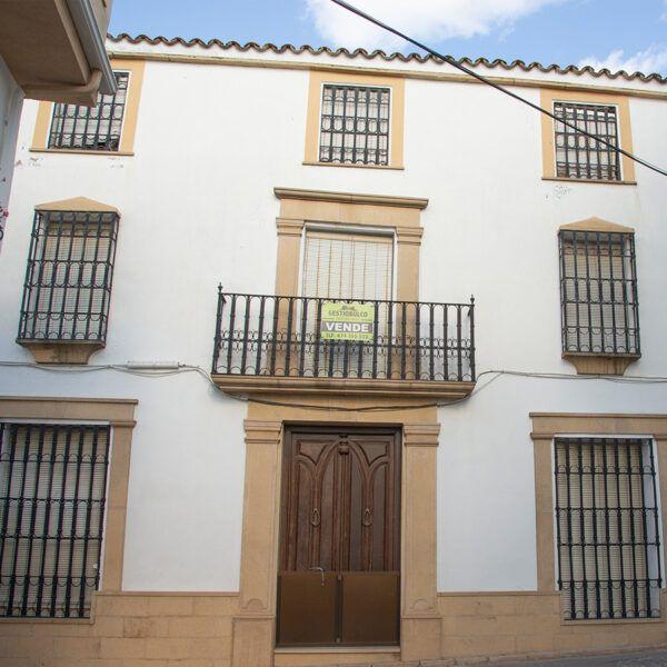 Casa señorial a la venta en pleno centro de Porcuna