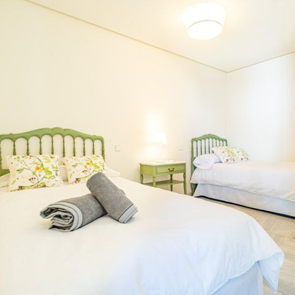 Dormitory apartment for rent in Marbella center