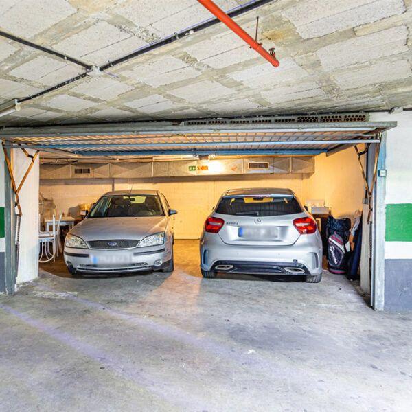 Garage rental Marbella center