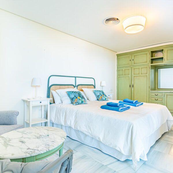 Dormitorio en vivienda en alquiler en Marbella centro