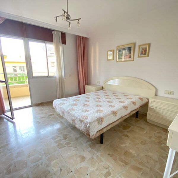 Buying a house in Fuengirola center