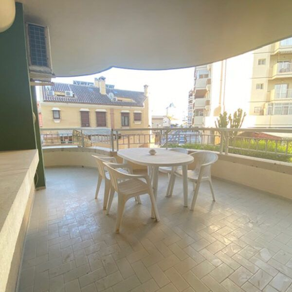 Buying a property in Fuengirola center
