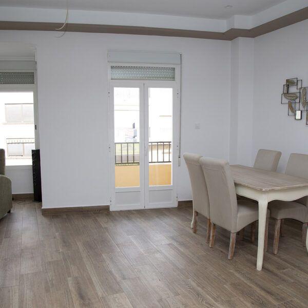 Refurbished flat in Porcuna