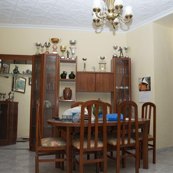 Salón de vivienda en venta en Porcuna